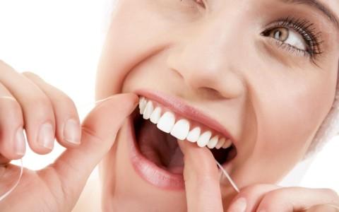 Beneficios del uso de hilo dental